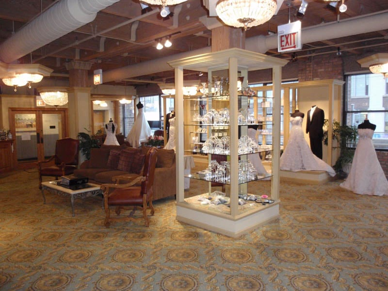 House of Brides Couture, Schaumburg, Illinois. K likes. House of Brides Couture has been dressing Brides and their wedding since Discover the House of Brides Couture has been dressing Brides and their wedding since