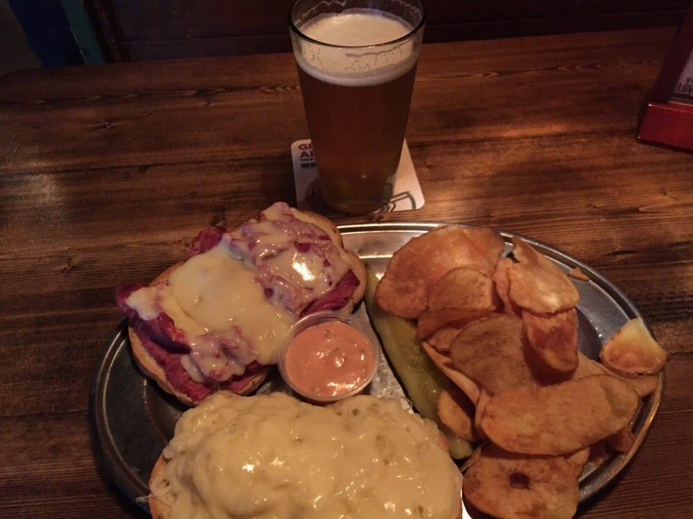 O'Malley's Pub & Restaurant