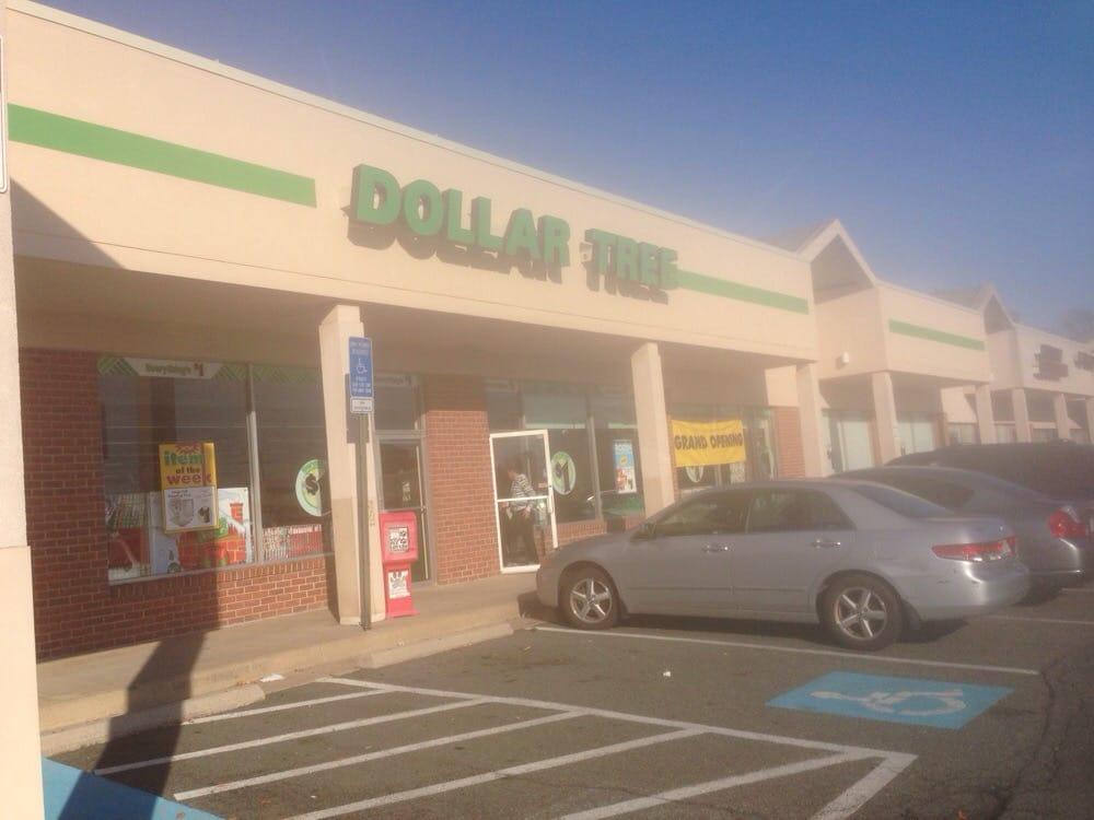 Dollar Tree: 672 Elden St, Herndon, VA
