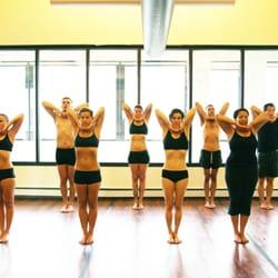 105 f yoga chicago
