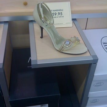 Photo Of Dsw Designer Shoe Warehouse Saint Louis Park Mn United States
