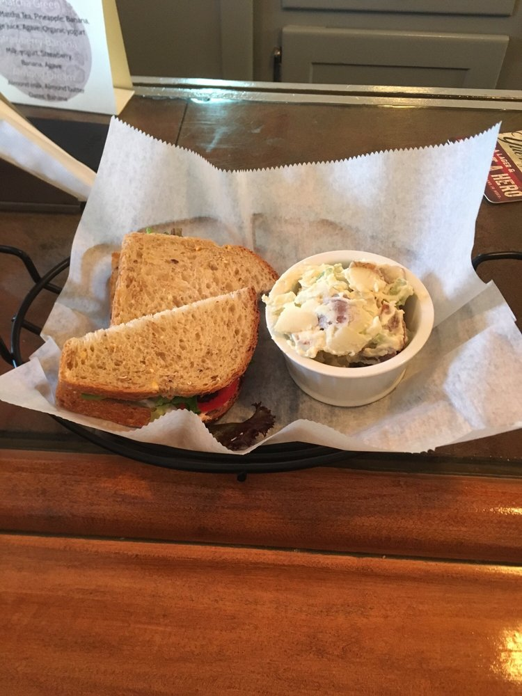 The Grapevine Cafe: 220 Main St, Johnson City, NY