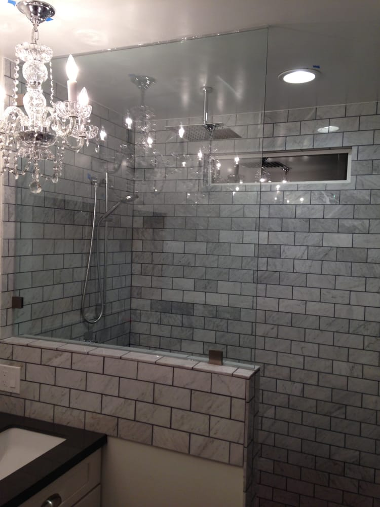 Frameless 3 8 Quot Clear Glass Panel On Pony Wall Of Shower