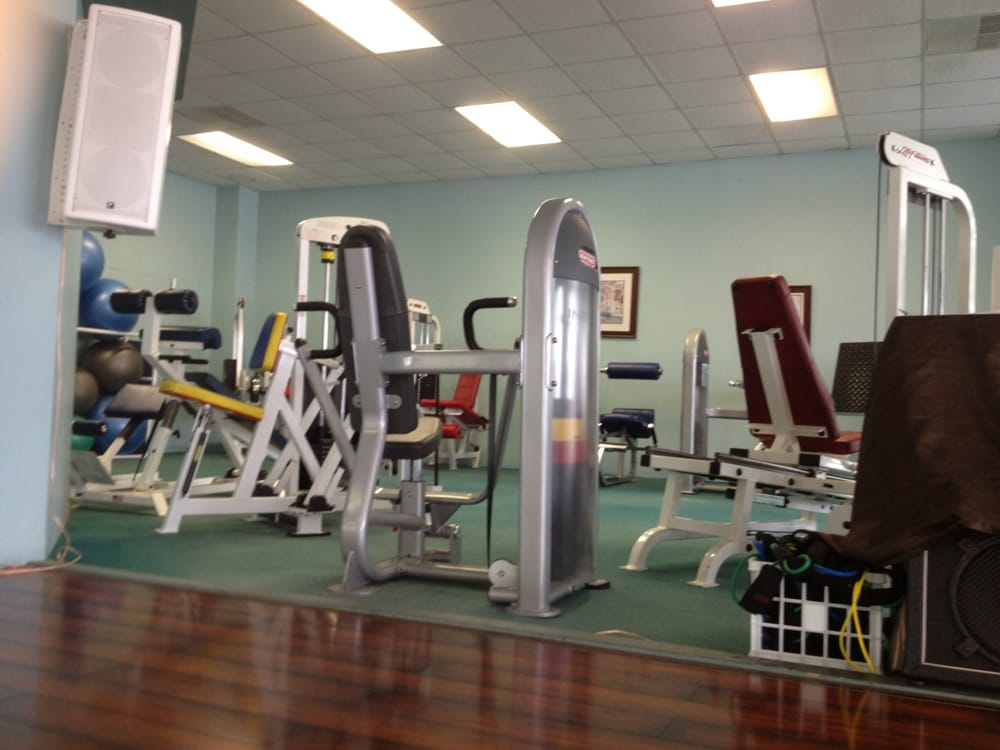 Fitness World: 200 2nd Loop Rd, Florence, SC