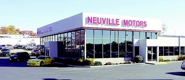 Neuville Motors 721 W Fulton St Waupaca Wi Auto Dealers