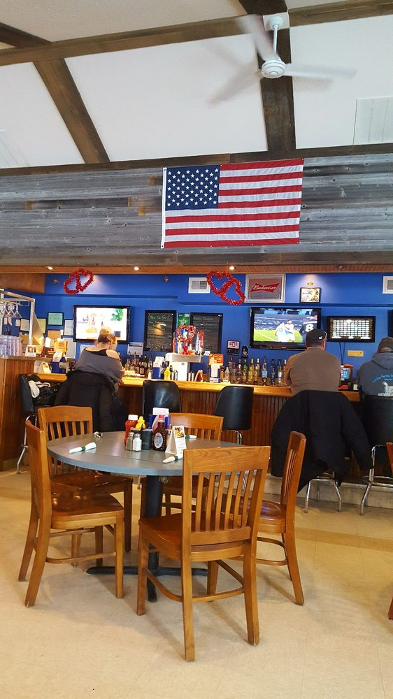 Nick's Country Oven: 145 E Capac Rd, Imlay City, MI