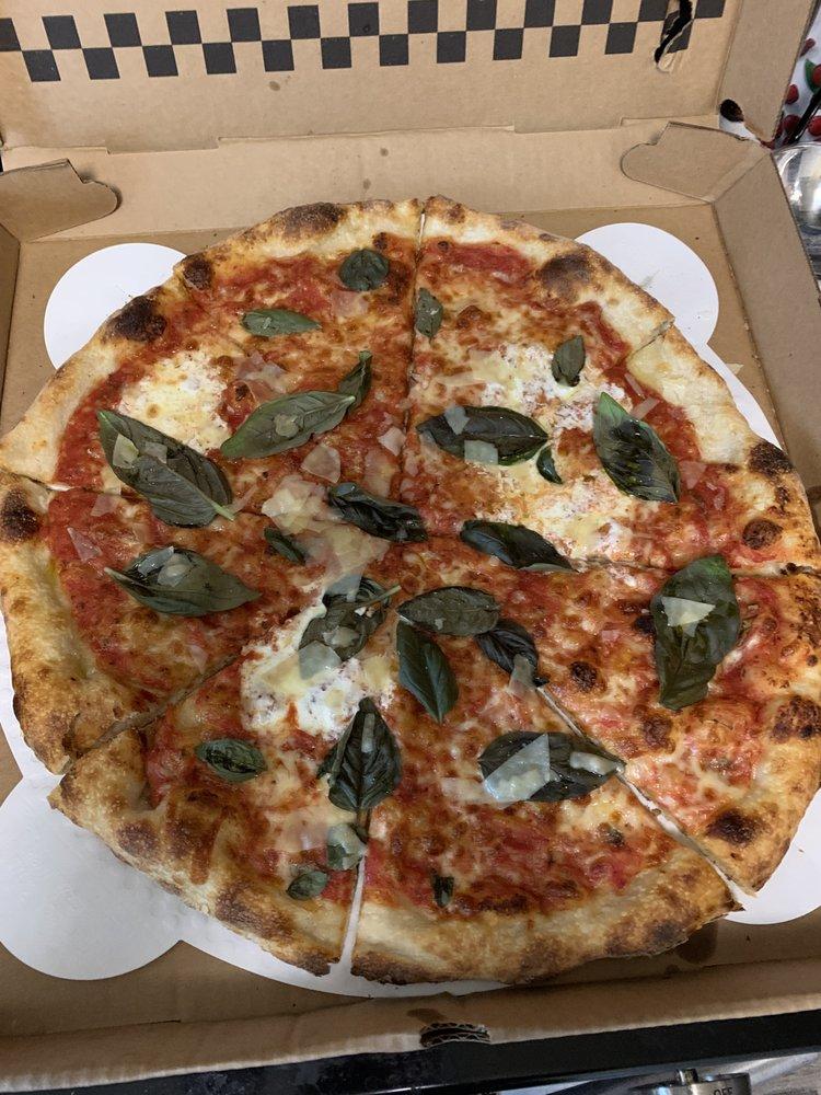 Baci Pizzaria: 2083 Albany Post Rd, Montrose, NY