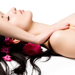 Paradise unisex spa 15 reviews massage 822 s wabash for Erotic salon