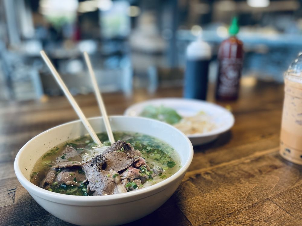Pho & Beyond: 13500 Pearl Rd, Strongsville, OH