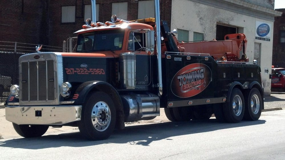Tallman Towing Solutions and Recovery: 3441 St Mary's Ave, Hannibal, MO
