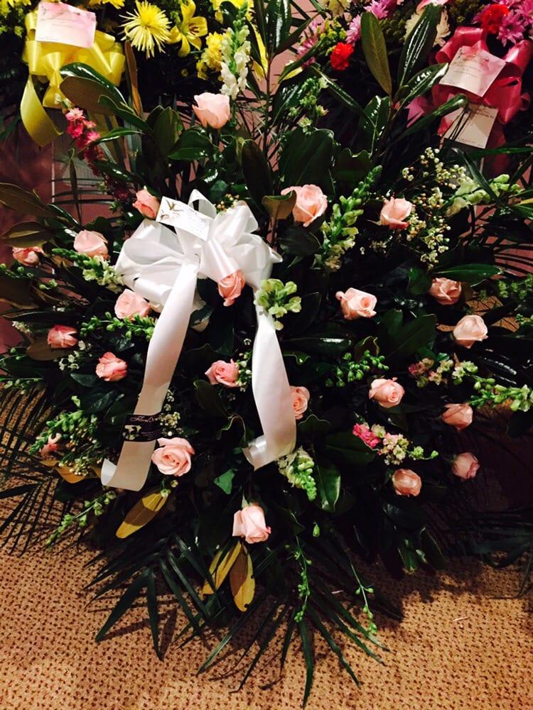 Floral Sentiments: 28 Harrison Ave, Englishtown, NJ