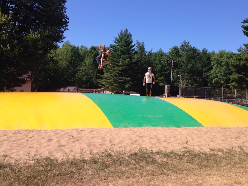 Pineland Camping Park: 916 State Rd 13, Arkdale, WI