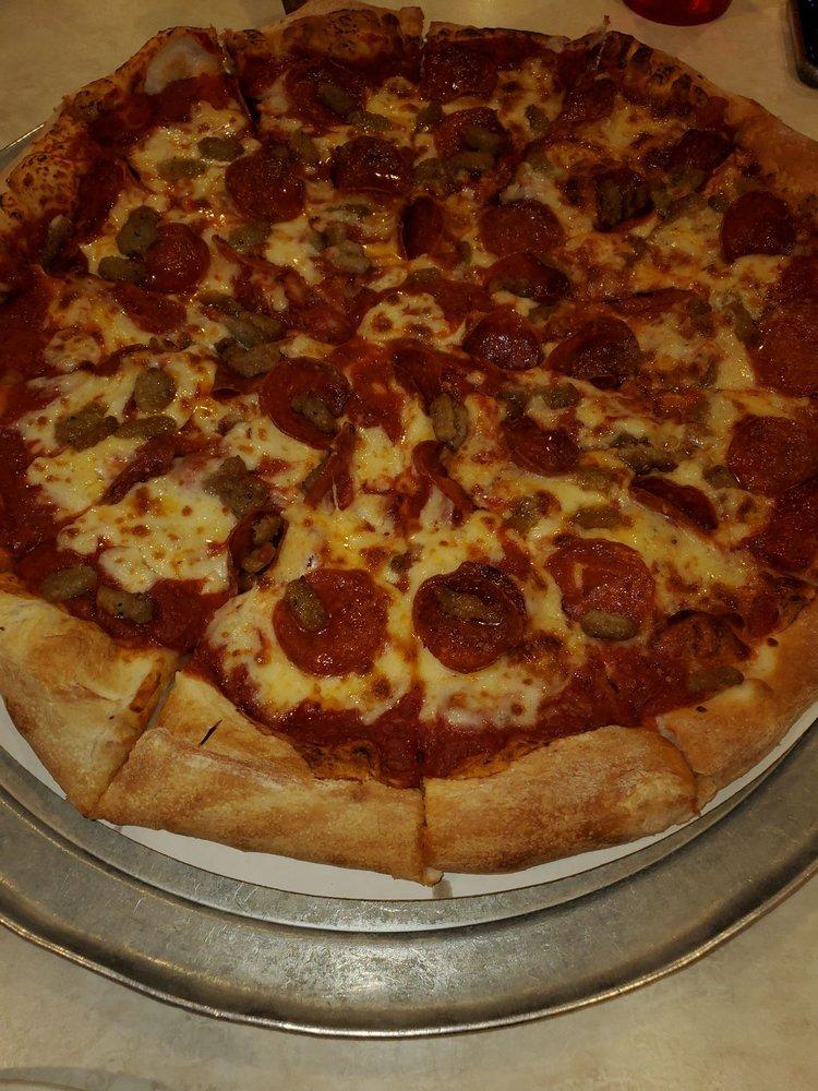 Gramboli's Pizza: 11733 Pendleton Pike, Indianapolis, IN