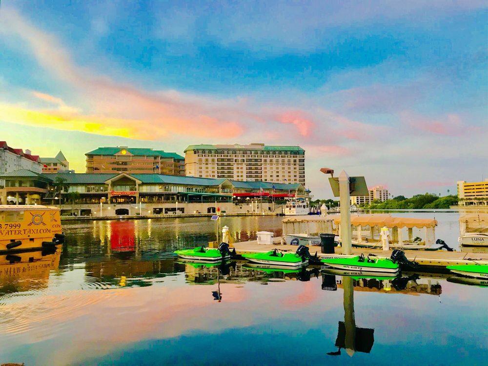 Riverwalk Boating: 333 S Franklin St, Tampa, FL