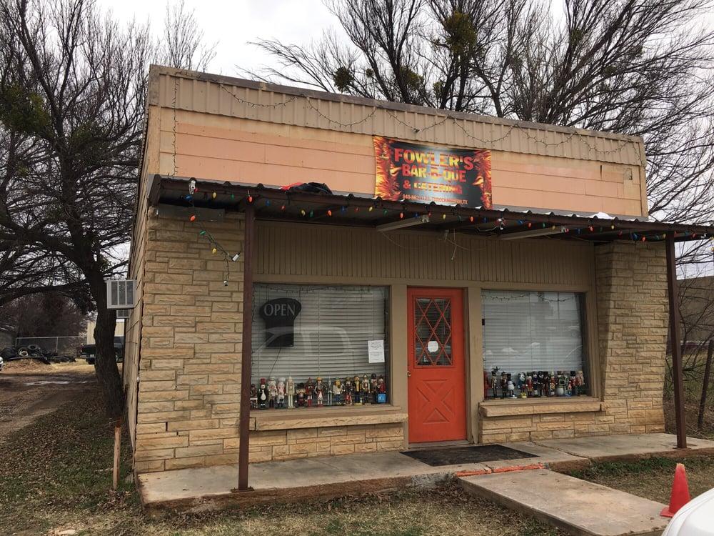 Fowler's BBQ: 110 S Minter Ave, Throckmorton, TX