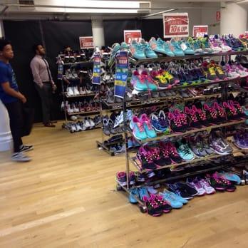 260 Sample Sales - 15 Photos & 41 Reviews - Women's Clothing - 260 ...