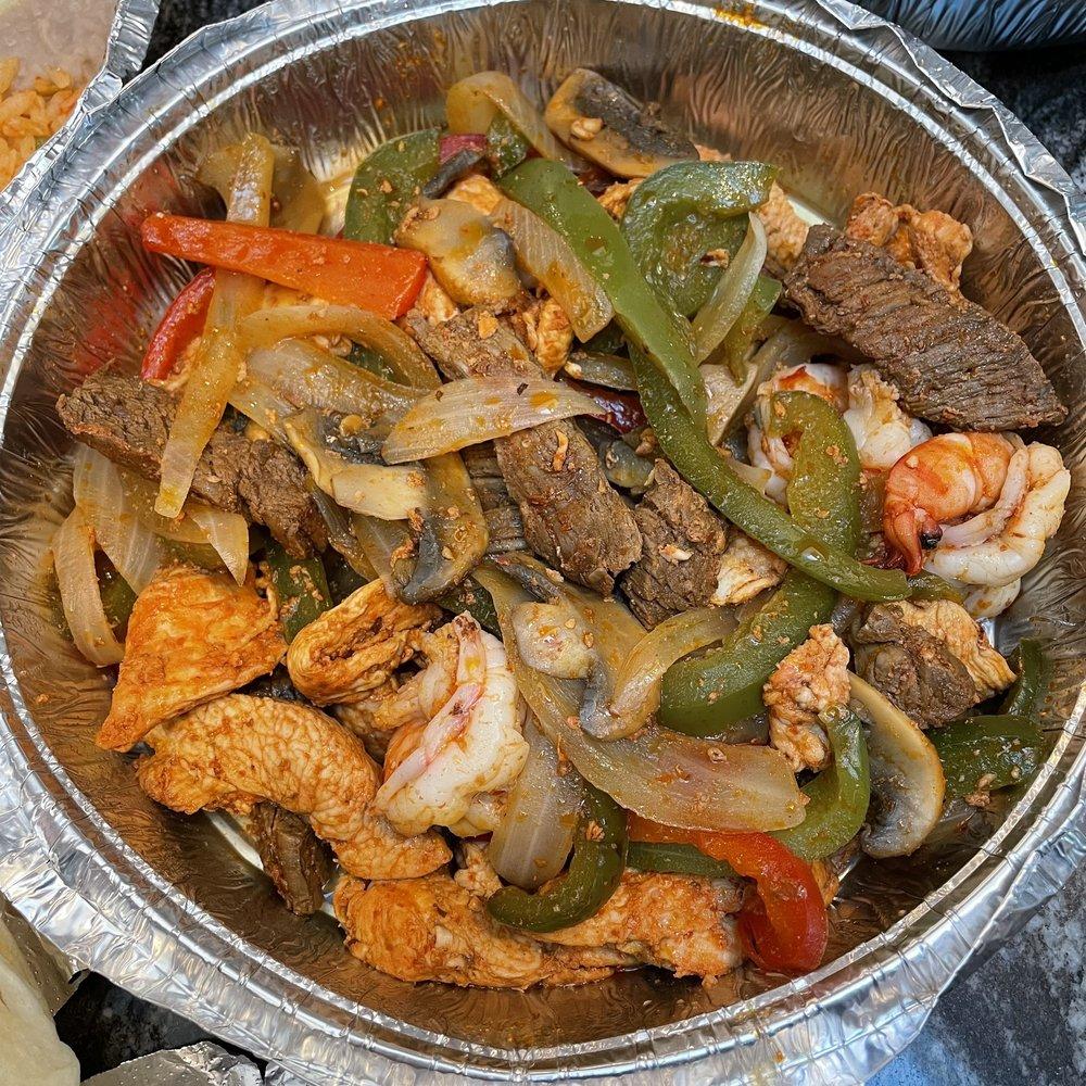 Chapala Grill: 52 S Washington Ave, Bergenfield, NJ