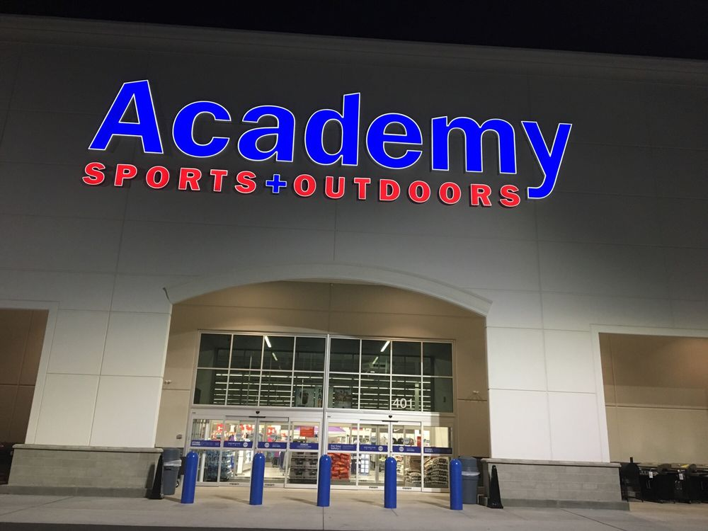 Academy Sports + Outdoors: 401 E Poyntz Ave, Manhattan, KS