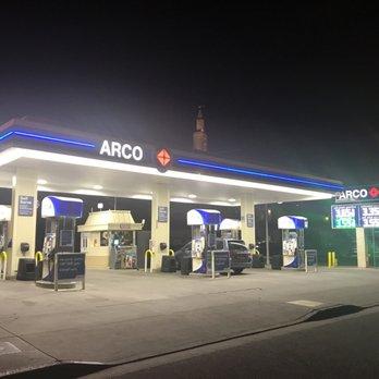 Gas Station Around Me >> Arco Gasoline 12 Reviews Gas Stations 10801 Santa Monica Blvd
