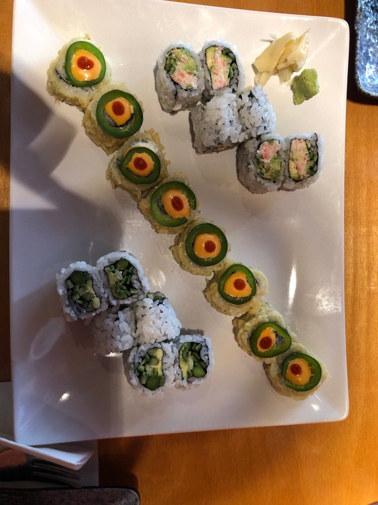 Food from Sushi Kafe