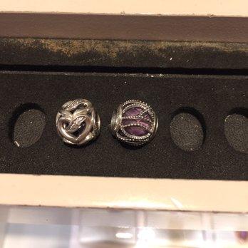 Pandora Jewelry Tysons Corner Of Pandora 24 Photos 15 Reviews Jewellery 1961 Chain