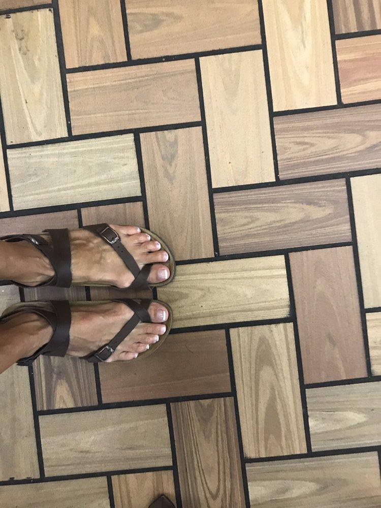 Pro Nails: 827 W Main St, Branson, MO