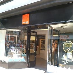 We can repair on site in our Chester store, in your home/workplace or you can post your iPhone to us. Please select your service at checkout. iPhone Repairs in Chester provides a complete range of mobile phone & tablet repairs onsite and accessories for all your everyday and emergency needs.