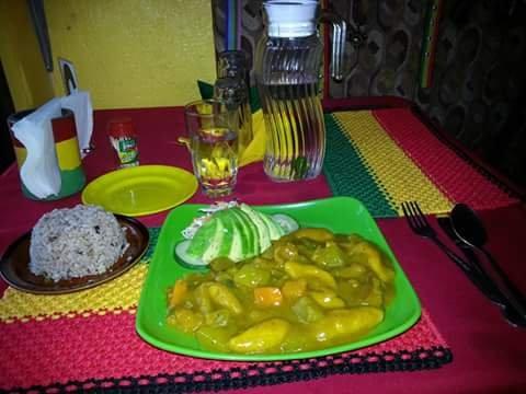 True Love Cafe: Dumaguete Bacong Road, Dumaguete, NER