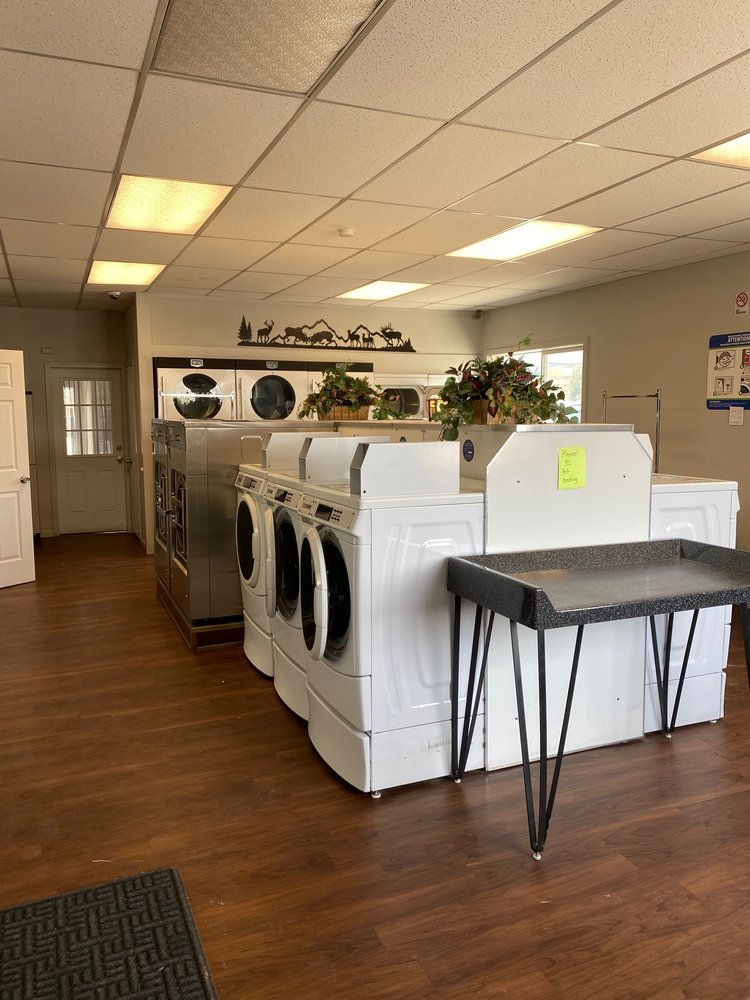 Elk Creek Laundromat: 502 Coral St, Kemmerer, WY