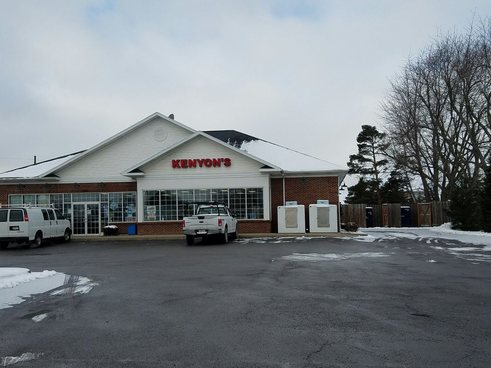 Kenyons Variety: 5820 Goodrich Rd, Clarence Center, NY