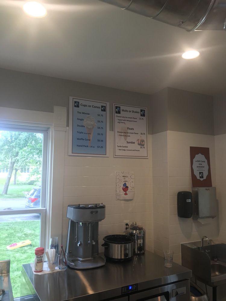 Mabel's Ice Cream Shop: 293 3rd St N, Bayport, MN