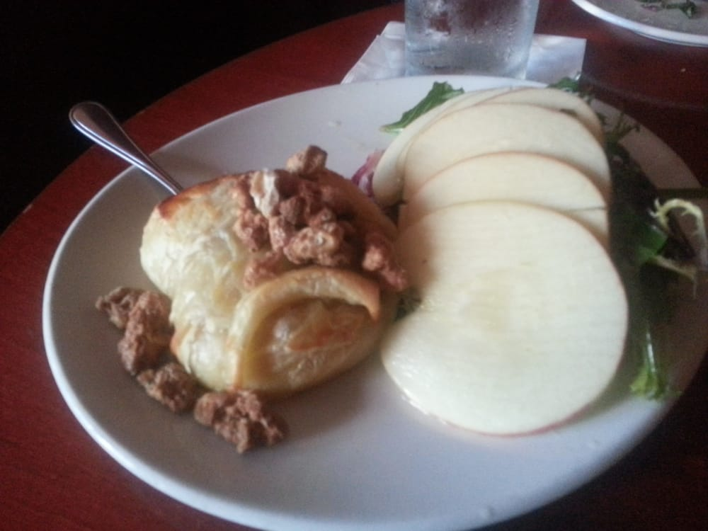 baked brie with apple slices yelp. Black Bedroom Furniture Sets. Home Design Ideas