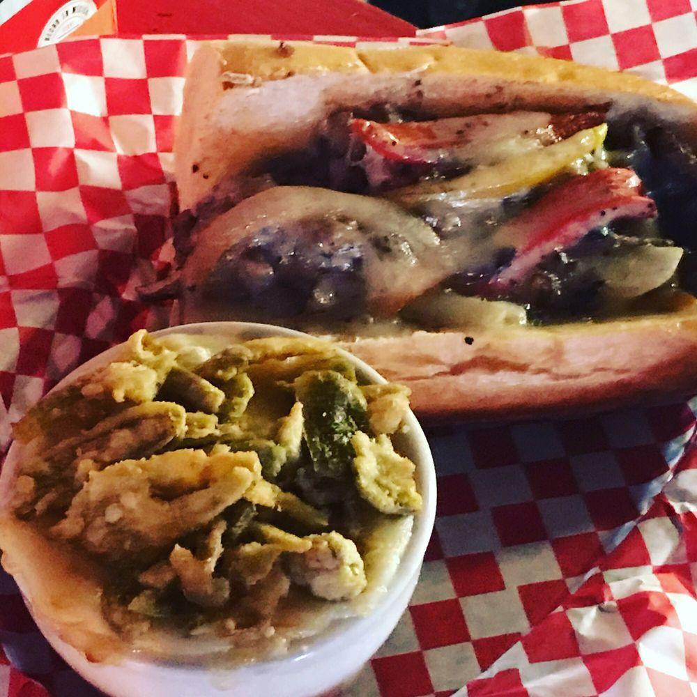 Flippers Tavern: 1406 Avenue Q, Lubbock, TX