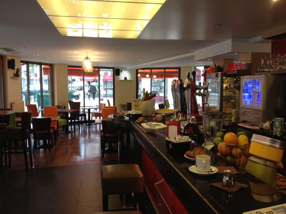 moulin caf french 64 boulevard charles de gaulle sannois val d 39 oise france. Black Bedroom Furniture Sets. Home Design Ideas