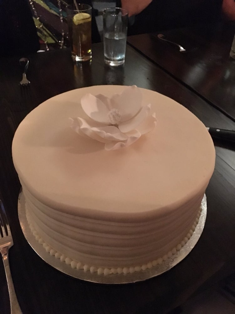 Cake With Icing Baked Inside : Red velvet cake with cream cheese icing inside and ...