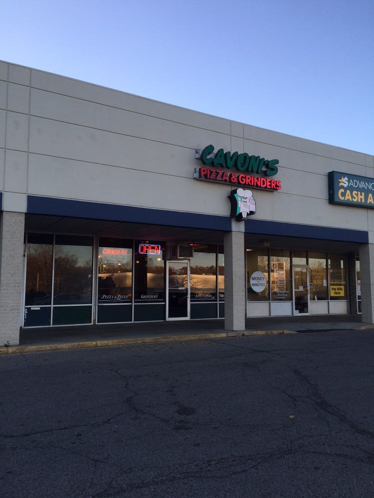 Big Italian Restaurants Near Me: Cavoni's Pizza & Grinders