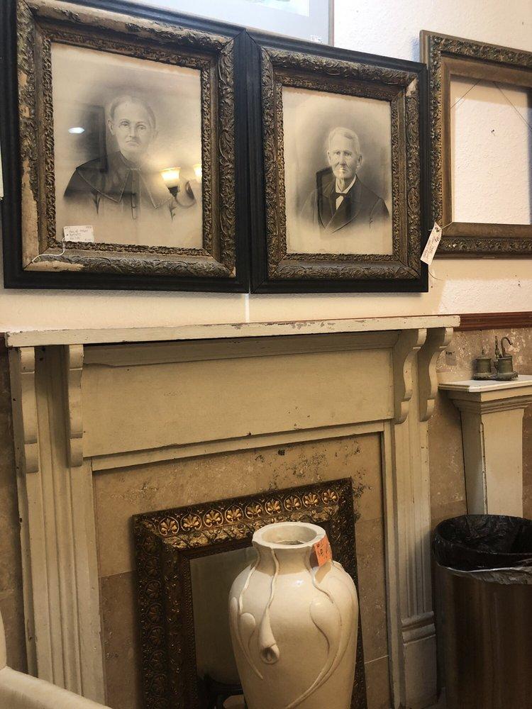 The Unique Antique Shop: 4559 N US Hwy 1, Fort Pierce, FL