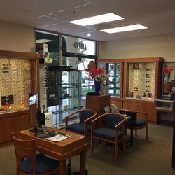 Michael D Le OD 19 Reviews Optometrists 109 California Ave