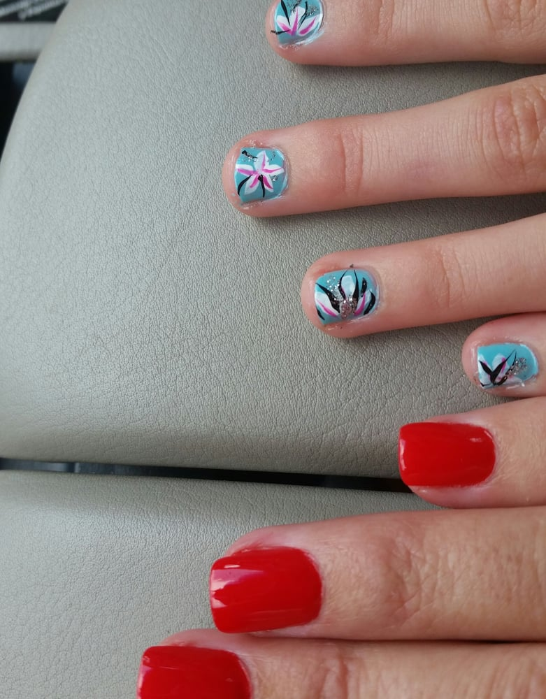 Pro Nails: 1226 W Daughtery Rd, Lakeland, FL