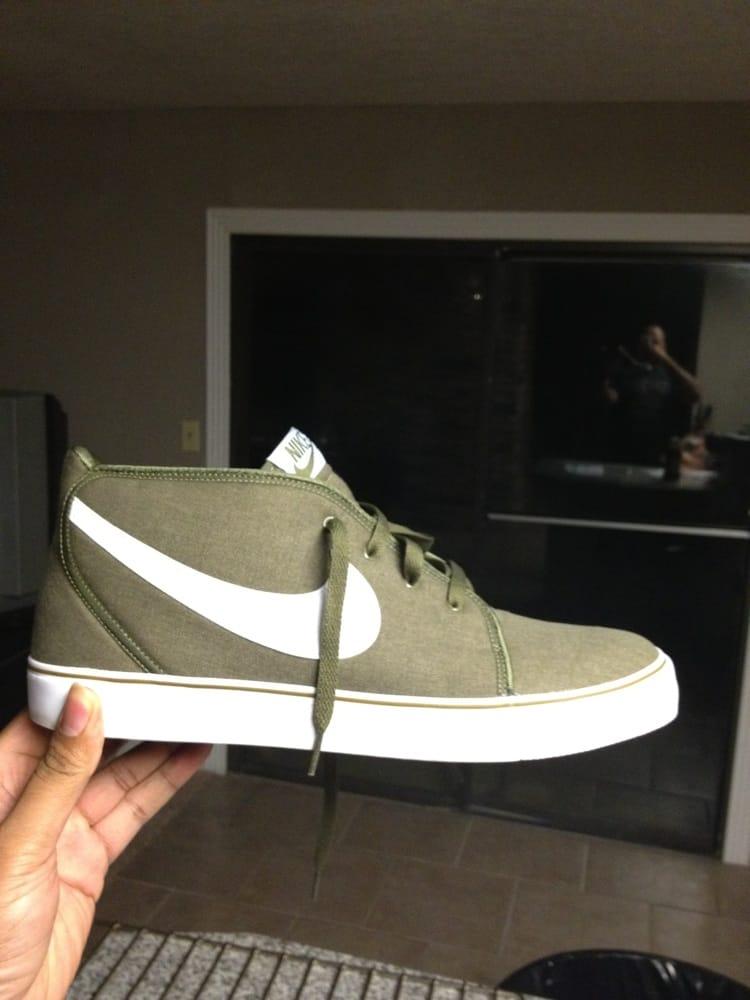 Shiekh Shoes: 3811 S Cooper St, Arlington, TX