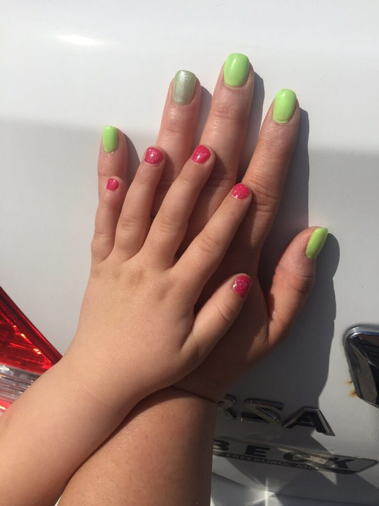 Today I got a fill and gel polish while my daughter got a nail trim ...