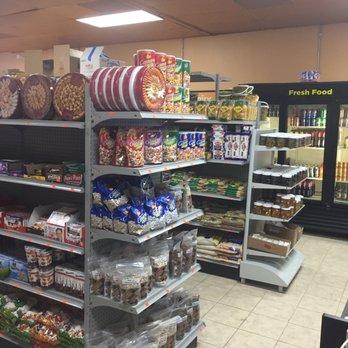 Dubai Halal Market - 1001 E Wt Harris Blvd, University City