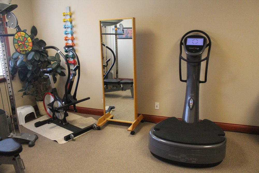 Red Rock Physical Therapy and Wellness: 5435 Bull Valley Rd, McHenry, IL