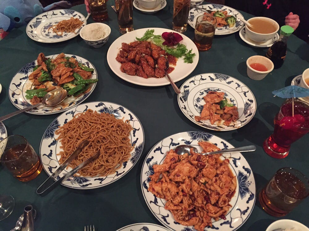 Chinese food feast good old fashioned american style for American chinese cuisine
