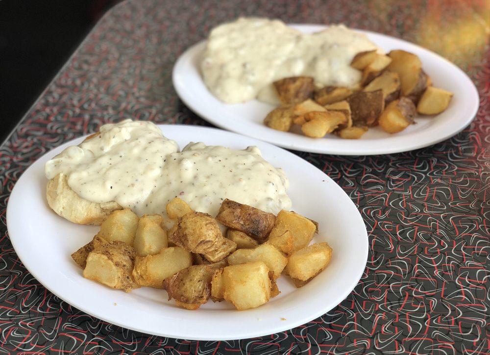 Kure Beach Diner: 101 K Ave, Kure Beach, NC
