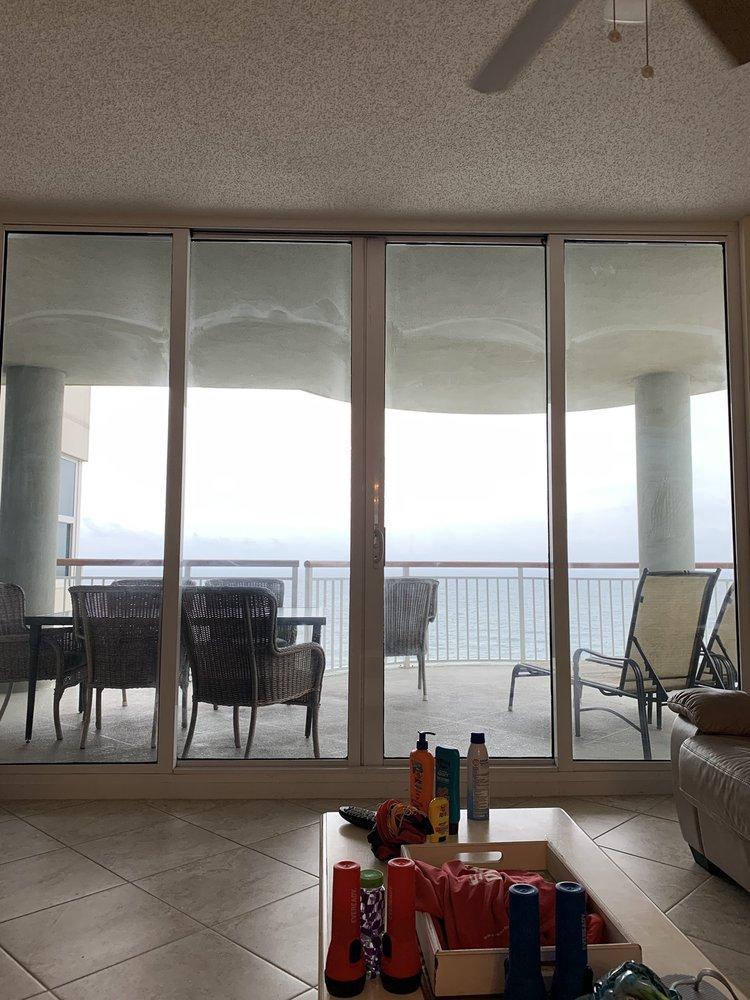 Beach Colony Resort: 8501 Gulf Blvd, Navarre, FL