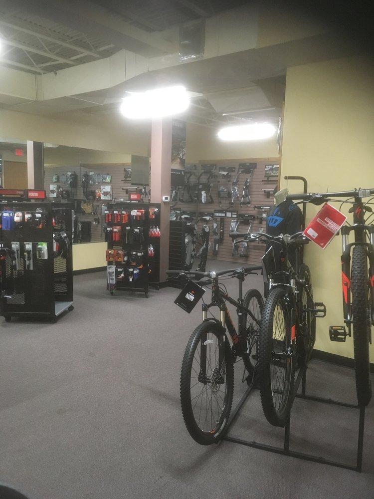 Port Washington Bicycles: 18 Haven Ave, Port Washington, NY