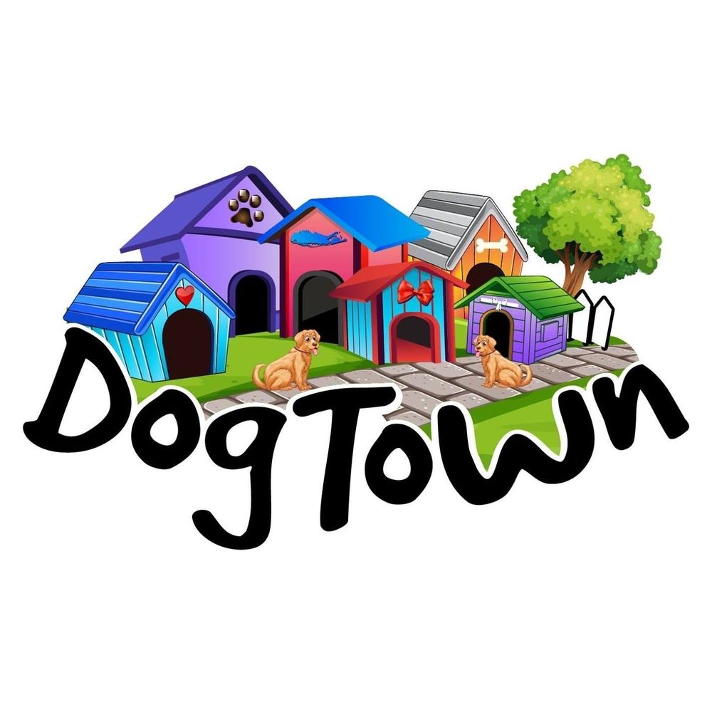 Dog Town: 40385 County Rd 48, Southold, NY