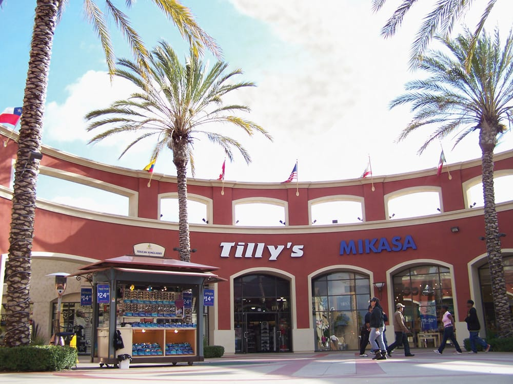 Our Las Americas Store location has got you covered. We're your one-stop shop in San Diego, CA. We have phones, tablets, wearables, and more that you'll skachat-clas.cfon: Camino De La Plaza Bldg S, Suite , San Diego,