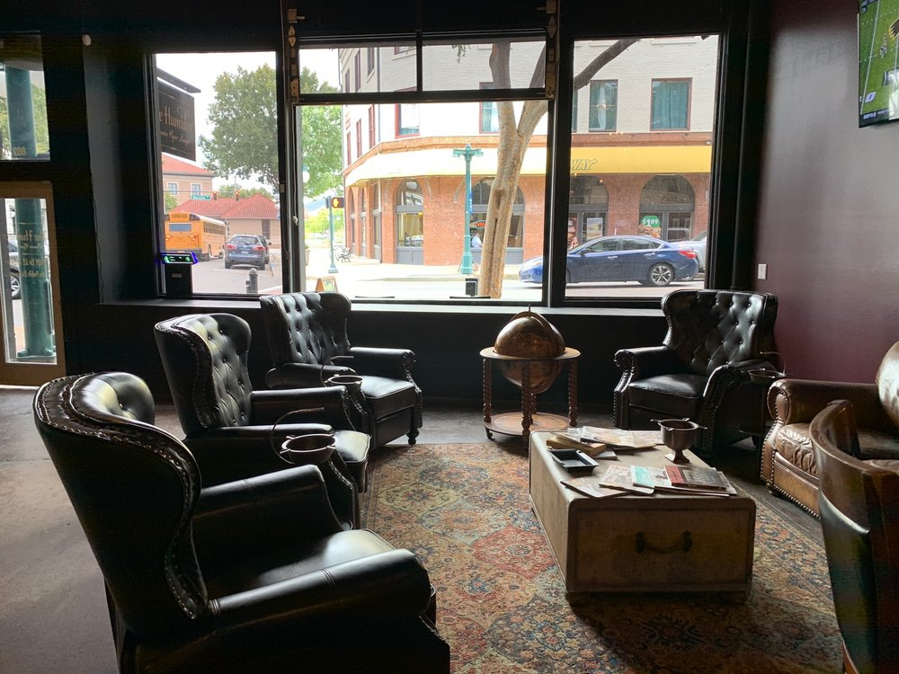 The Humidor - Cigar Lounge: 802 Central Ave, Hot Springs, AR
